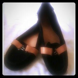 EUC UGG women loafers sz. 8 $60